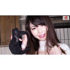 (動画)犬嗅ぎ娘5 かすみ編② 染みパンツ自嗅ぎオナニー編